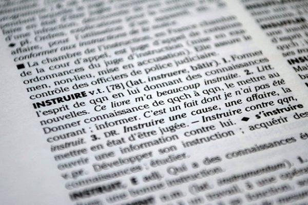 définition du mot instruire dans le dictionnaire